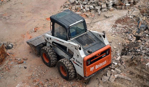 3 Benefits Of Using Bobcat Hire For Your Construction Projects