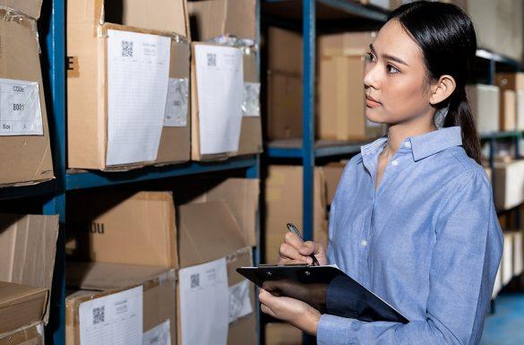 Woman doing a reverse logistics inventory